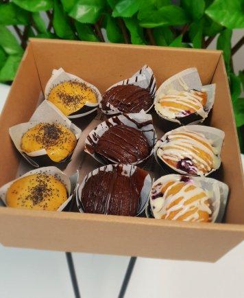 Mini muffins platter