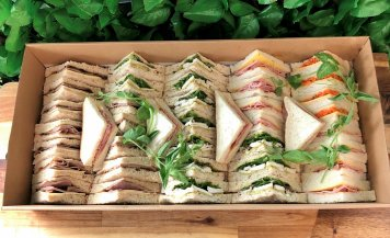 Point sandwiches platter